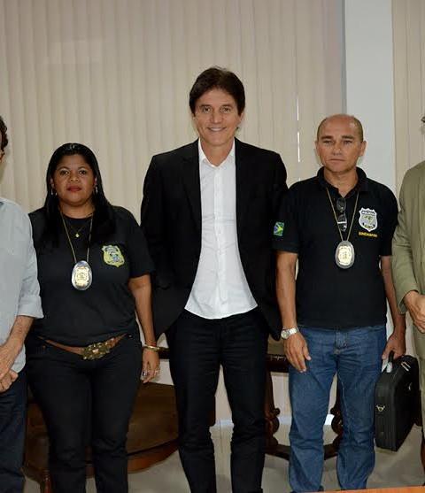 6cfd7ed81 GOVERNADOR DIALOGA COM AGENTES PENITENCIÁRIOS, POLICIAIS E BOMBEIROS  MILITARES