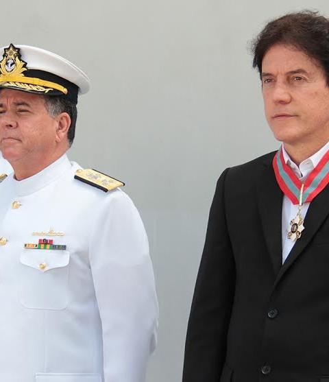 099d7349d GOVERNADOR RECEBE MEDALHA ORDEM DO MÉRITO NAVAL DA MARINHA DO BRASIL