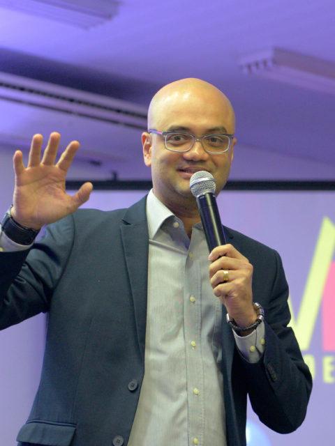 Carlos André do Over Colégio e Curso ministra palestra em São Paulo sobre superação e estratégia