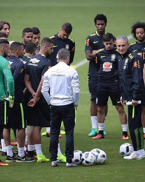 selecao-brasileira-faz-treino-aberto-em-natal