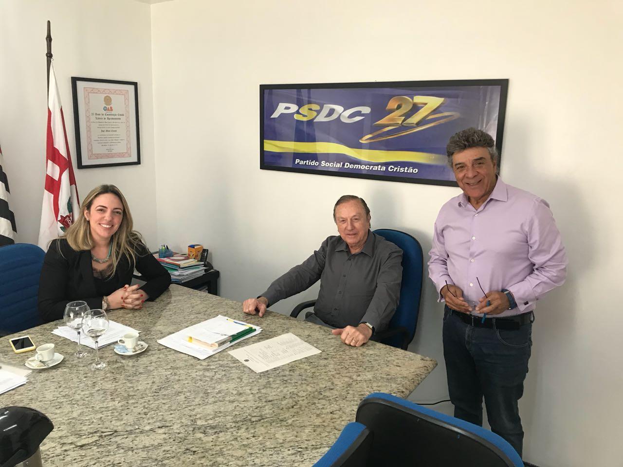 Resultado de imagem para Vereadora Ana Paula se reúne com o presidenciável Eymael